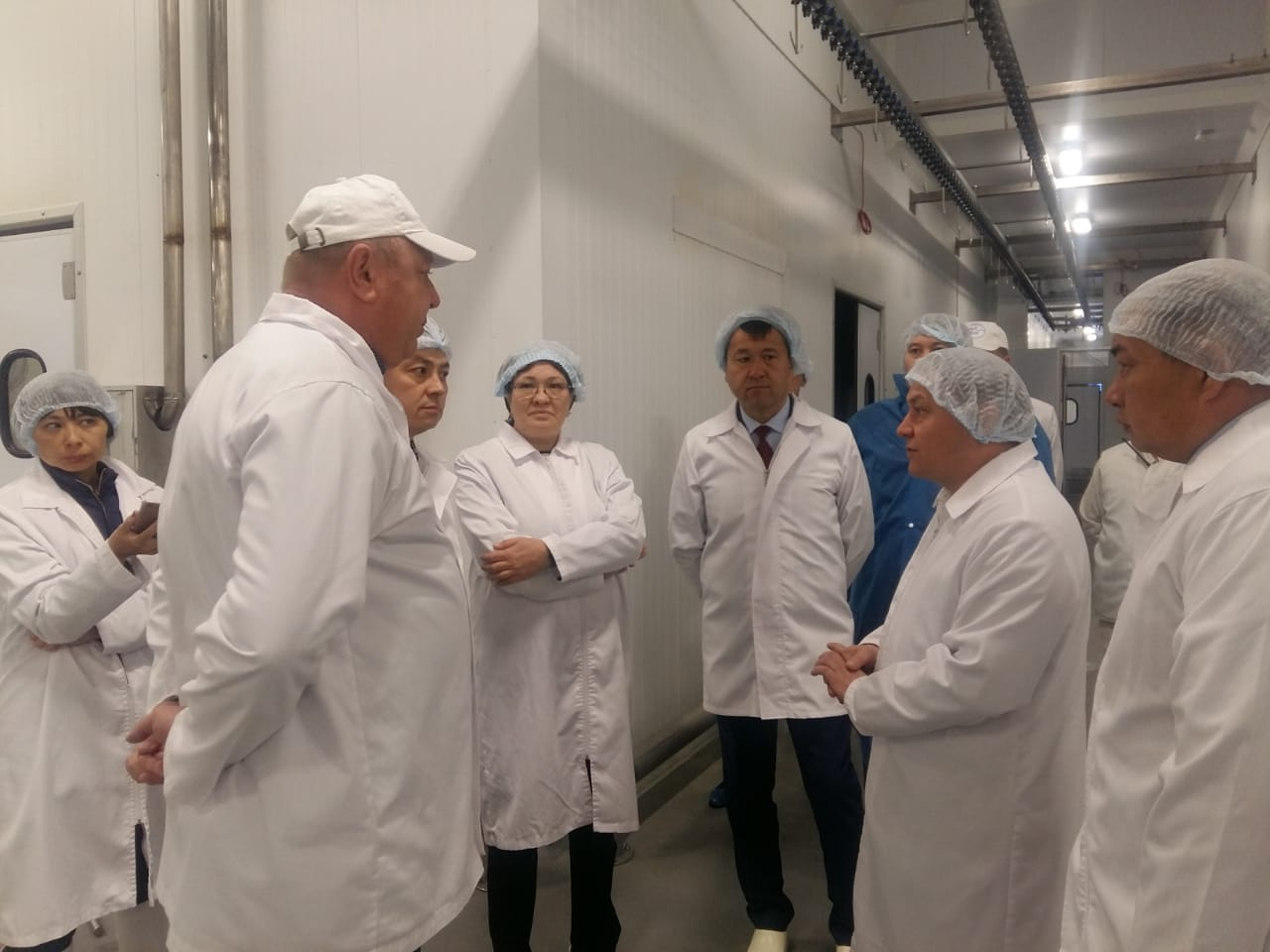 Visit of the Akim of Akmola Region to the Makinsk Poultry Farm